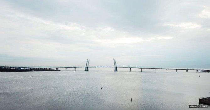 2791791|航拍跨海大桥和跳舞的人4K视频素材