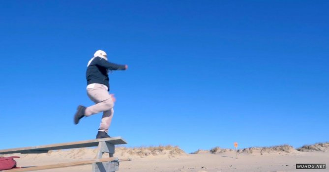 3185733|男人在空中跳跃慢镜头免费素材视频