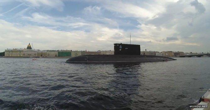 2837541|水中的潜水艇军事免费素材视频