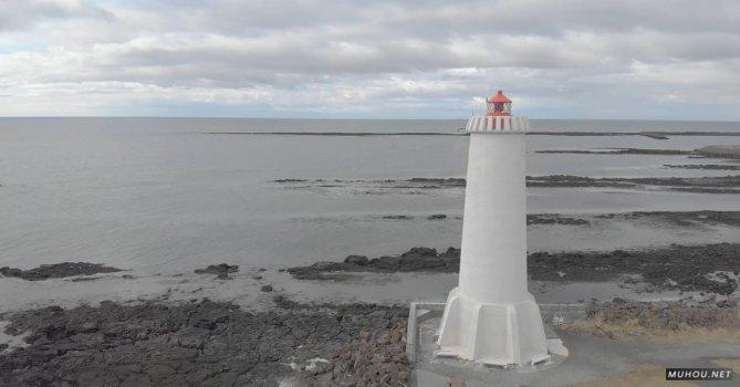 2409572|旋转拍摄海边的灯塔4kCC0视频素材